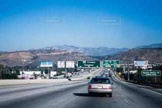 アメリカの高速道路の写真・画像素材[991295]