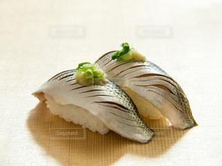 コハダにぎり寿司の写真・画像素材[2021400]