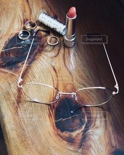 メガネとアクセサリーの写真・画像素材[2727170]
