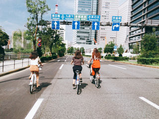 女性,自転車,東京,後ろ姿,道路,道,後姿,日本,サイクリング,皇居前