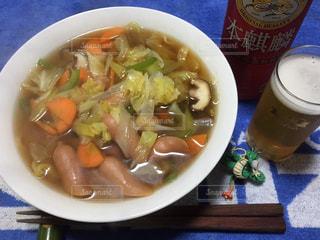 スープのボウルの写真・画像素材[1085602]