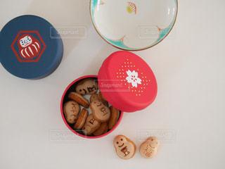 熊野大社近くのお店で買った福の缶の写真・画像素材[2352878]