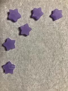紫の花のグループの写真・画像素材[957496]