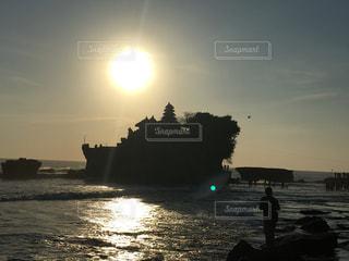 タナロットに沈む夕日の写真・画像素材[1409313]