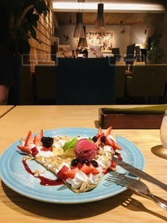 夜カフェの写真・画像素材[3573046]