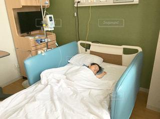 病院のベッドの写真・画像素材[750851]