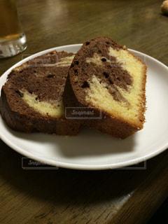 手作りマーブルケーキの写真・画像素材[410678]