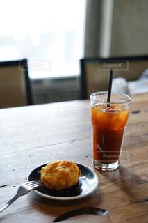 コーヒーとスコーンの写真・画像素材[2199320]