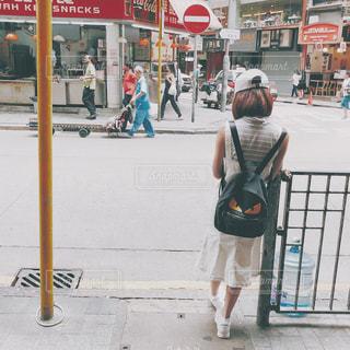 街を歩いている人 - No.1257416