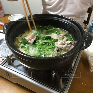 家族で鍋の写真・画像素材[2687419]