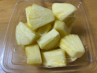 カットのパイナップル、たまに買います。の写真・画像素材[4204692]