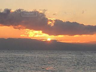 三保の松原からの初日の出の写真・画像素材[978962]