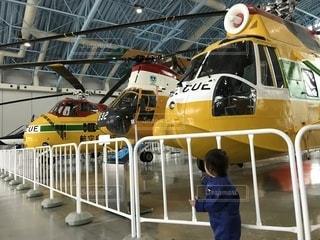 「こちらは航空自衛隊のレスキューヘリコプターです」の写真・画像素材[2253634]