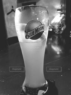 近くにガラスのカップのアップ - No.1231924