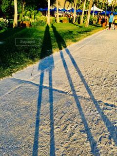 歩道上の人々 のグループ - No.718360