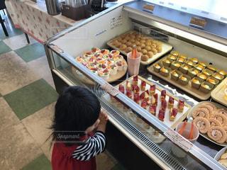 食品の多くに満ちてボックスの写真・画像素材[1076236]