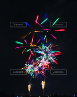 打ち上げ花火の写真・画像素材[671742]