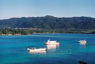 海は水色のクレヨンの写真・画像素材[1560314]