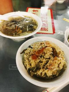 蟹油飯と蟹スープの写真・画像素材[914401]