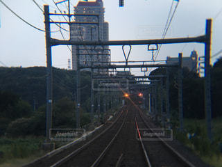 道を運転列車の写真・画像素材[745239]