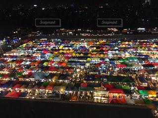 バンコクのナイトマーケットの写真・画像素材[1107529]