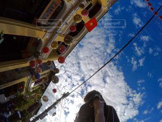 青空の下の写真・画像素材[1108544]
