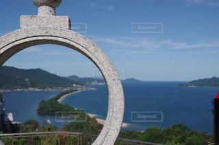 水域に架かる橋の写真・画像素材[2221510]