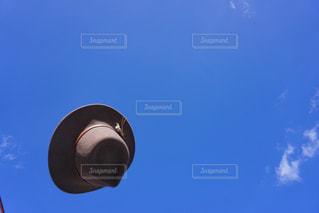 空気を通って飛んで人の写真・画像素材[1610723]