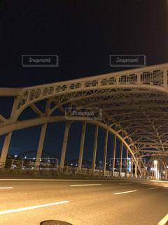 近くの橋の上の写真・画像素材[1280135]