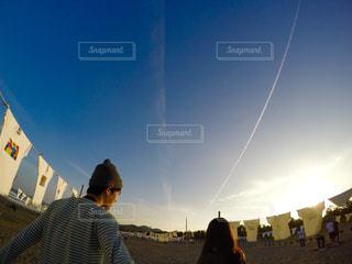 凧の飛行男の写真・画像素材[724354]