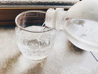 炭酸水を注ぐの写真・画像素材[3194594]