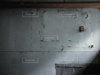 古びたコンクリートの壁の写真・画像素材[4790757]
