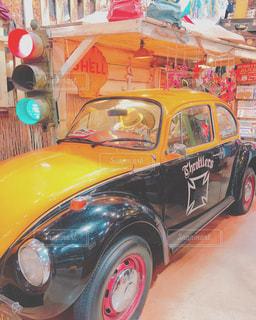 黄色の車がオシャレの写真・画像素材[1288973]