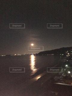 夜水体の写真・画像素材[1816078]