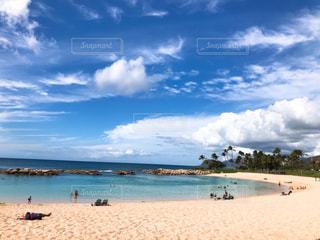 ハワイの綺麗なビーチの写真・画像素材[2114178]