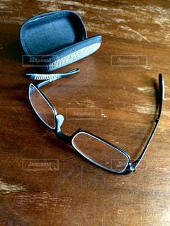 老眼鏡の写真・画像素材[1387310]