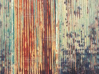 錆びたトタンの壁の写真・画像素材[1060651]
