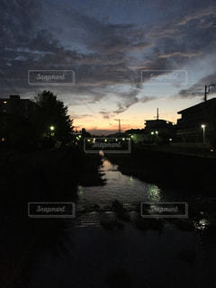 日暮れの街の写真・画像素材[890404]