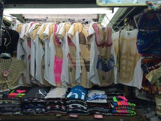 ハワイのTシャツ屋の写真・画像素材[875611]