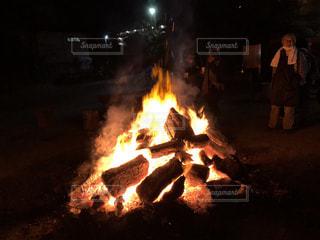 お焚き上げの写真・画像素材[941782]