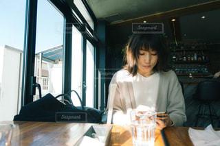カフェの写真・画像素材[2143744]