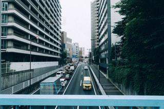 歩道橋から見た景色の写真・画像素材[2270667]