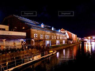 小樽運河の夜の写真・画像素材[1625051]