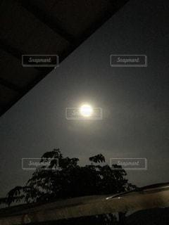 #満月#ダイヤモンドムーン#輝く月光の写真・画像素材[478282]