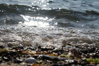 波打ち際の写真・画像素材[1138592]