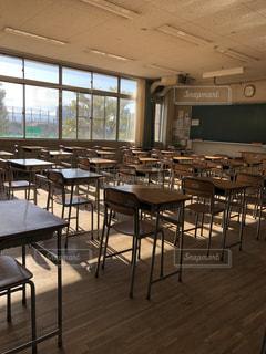 誰もいない教室の写真・画像素材[1737816]