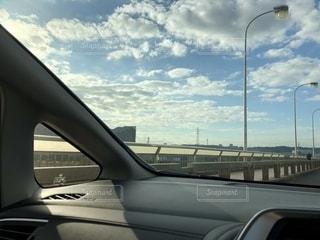 車の窓の眺めの写真・画像素材[2745872]