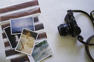 ネガフィルムと写真とカメラの写真・画像素材[3083288]