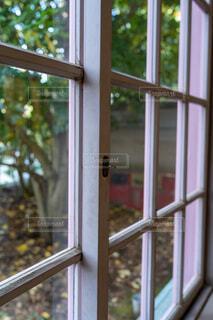窓の写真・画像素材[3897634]
