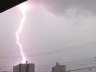落雷の瞬間の写真・画像素材[659814]